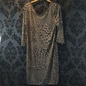 ANIMAL PRINT DRESS W/ free fringe belt sz M